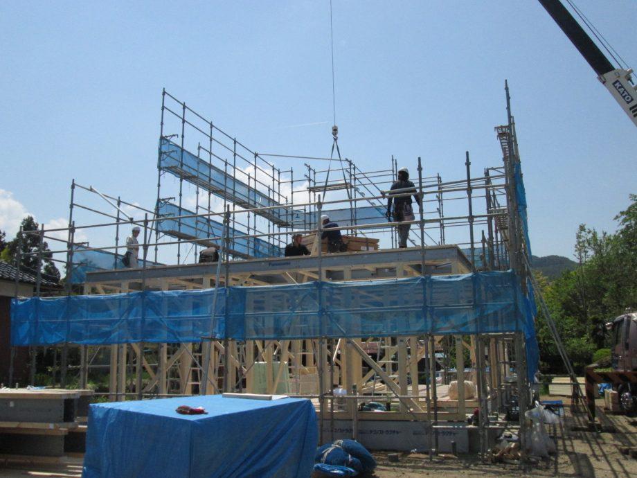 竹村邸建て方 (2)